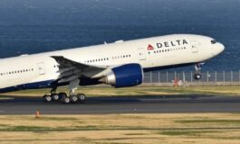 Delta Airlines to resume selling the middle seats May 1